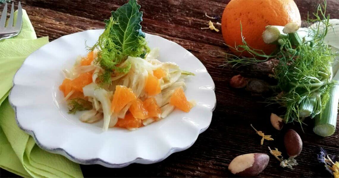 Fenchel-Orangen-Salat mit Paranüssen