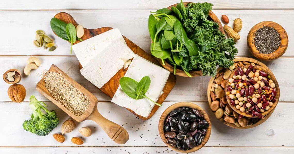 Mit veganen Proteinquellen den Muskelaufbau maximieren